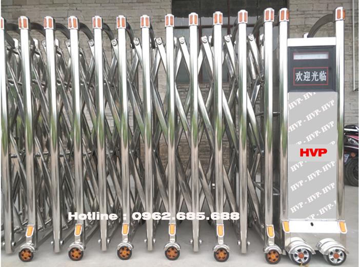 cổng xếp inox 304 siêu bền